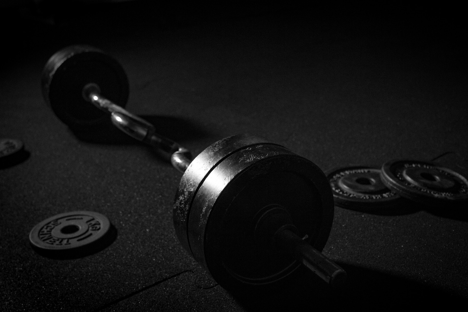 A barbell with barbell collars.